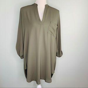 Lush Roll Sleeve Tunic Top V-Neck Pocket Olive XL